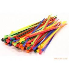 Набор пластиковых стяжек разных цветов