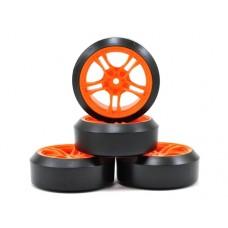 Team Magic 5-Spoke Orange w/Drift Tires (45 Deg) for E4D